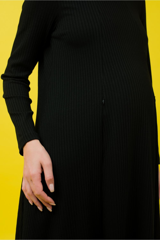 Платье-трапеция для беременных и кормящих мам My Fabby черное